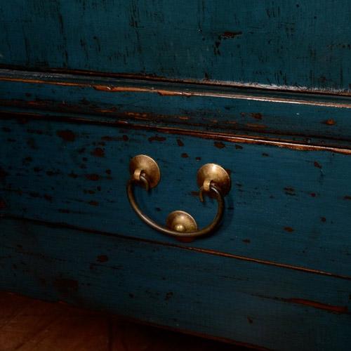 entretien du mobilier chinois rue de siam. Black Bedroom Furniture Sets. Home Design Ideas