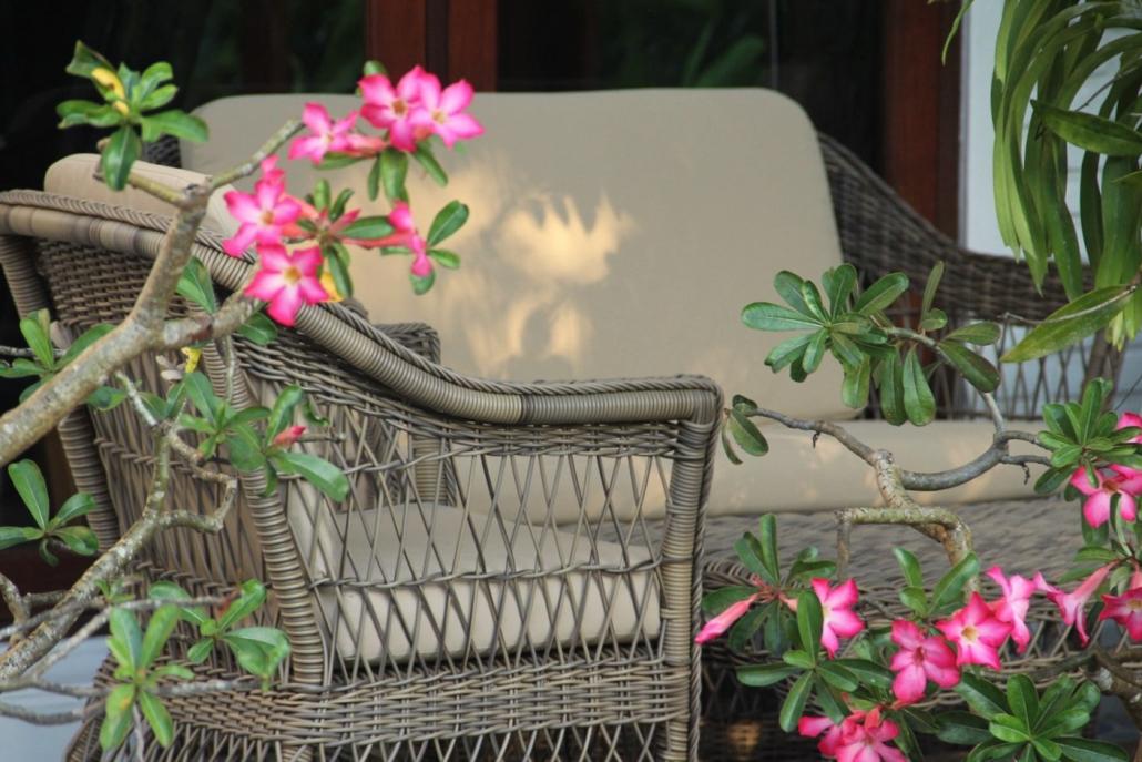 salon de style anglais good fauteuil en cuir style. Black Bedroom Furniture Sets. Home Design Ideas